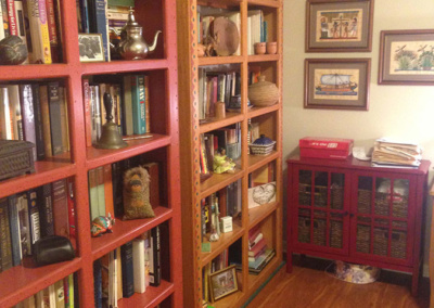 Senior move services include unpacking and shelving all books
